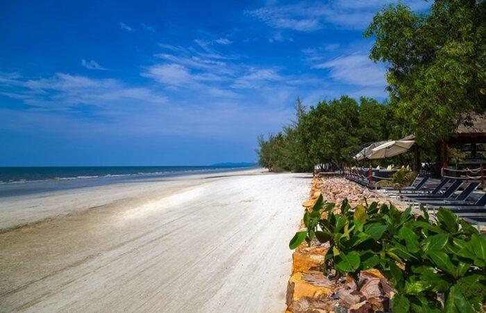 Trat beach - Thai motorbike tours