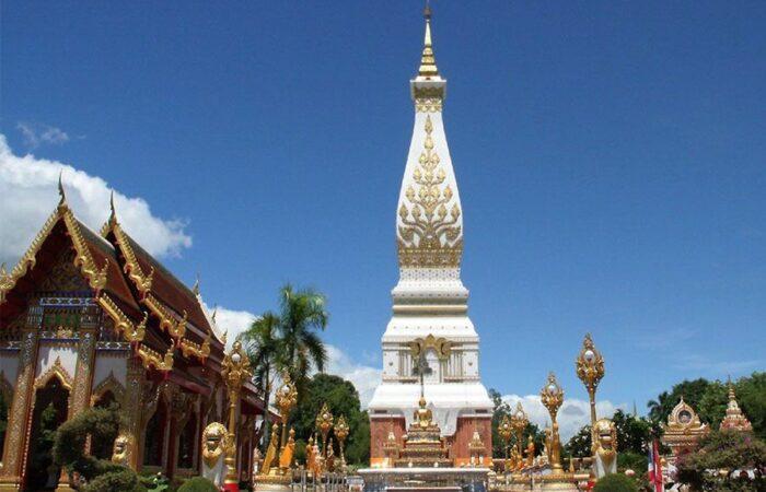 Wat Prathat Phanom - Nakhon Phanom BMW big bike tour